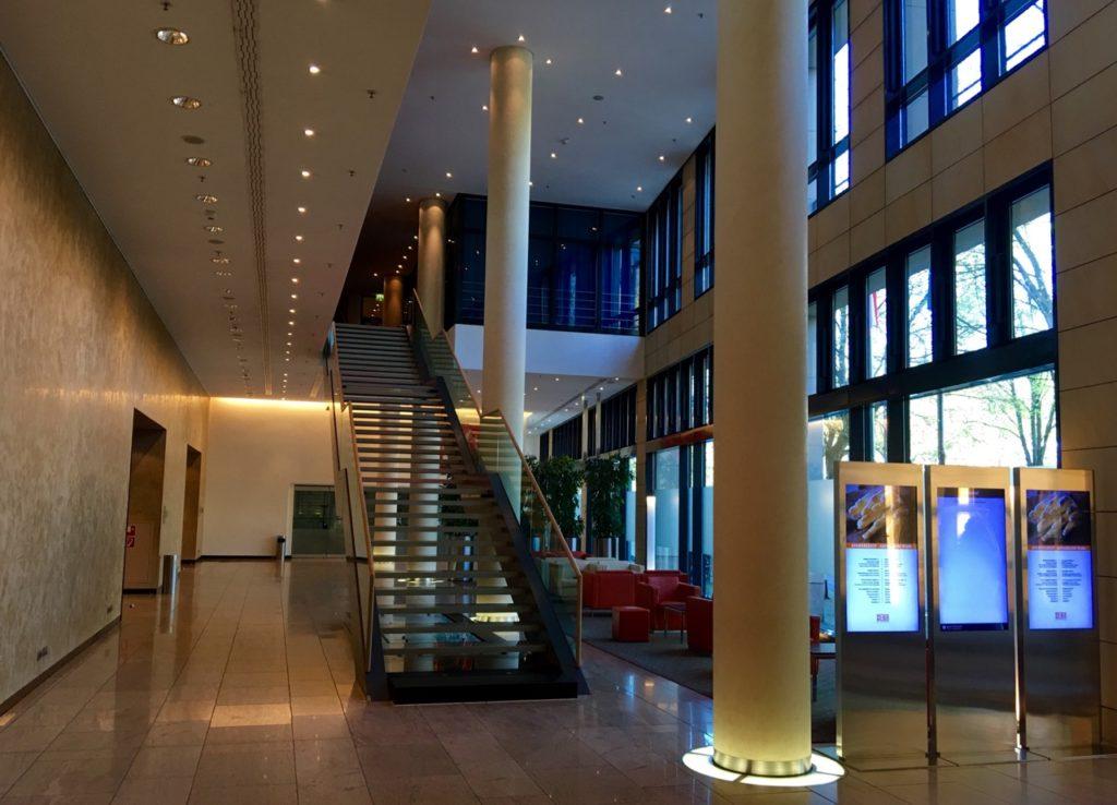 Pullman Berlin Schweizerhof - Lobby